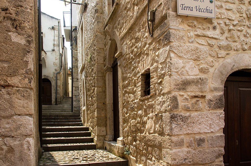 Fara San Martino, Abruzzo. Centro storico