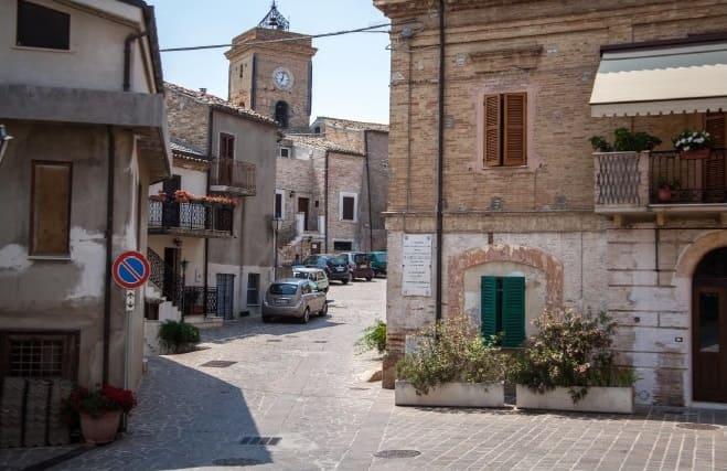 #viaggioalcentrodelborgo di Montesilvano Colle (PE)