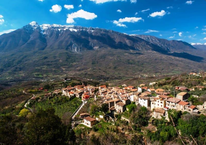 #viaggioalcentrodelborgo di San Vincenzo Valle Roveto (AQ)